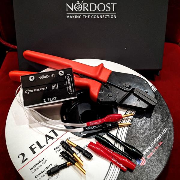 【シングルワイヤ完成品/1.5mペア】NORDOST 2FLAT + 専用バナナ端子8箇所 スピーカーケーブル