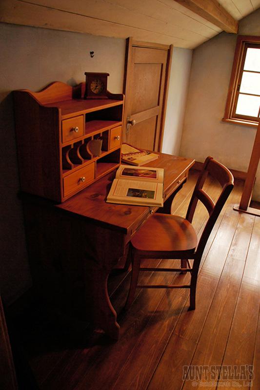 Writing Desk ライティングデスク