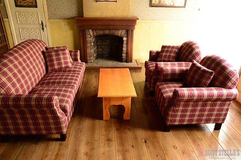 Sofa 1 Seater/Burgundy ソファ(1人掛け/バーガンディ)