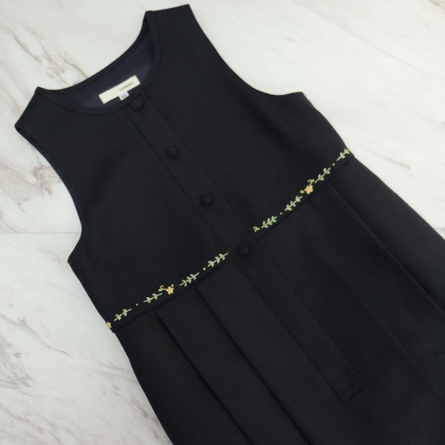 【カリニッシモ】 濃紺 手刺繍入り ジャンパースカート KCSJK-F115