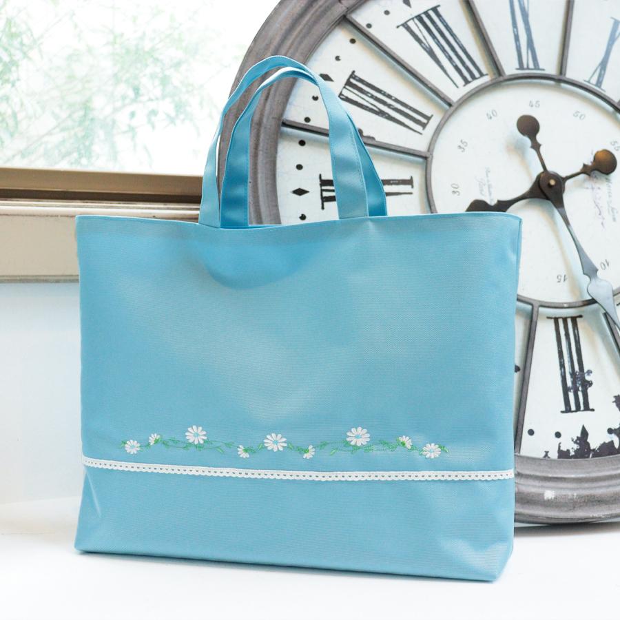 マーガレット刺繍のナイロンレッスンバッグ 水色 LSB-MG-BL