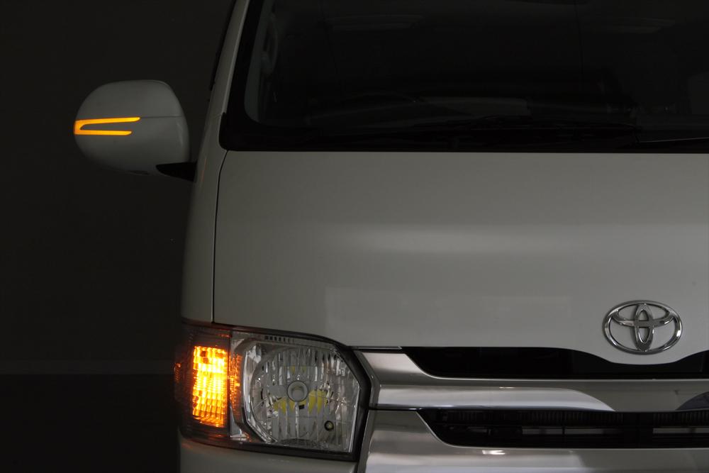 [レンズ交換]ハイエース 200系 ギザギザアロー ドアミラーウインカー専用 シーケンシャルウインカーレンズ【ベンツルック カニ爪タイプ 交換用】