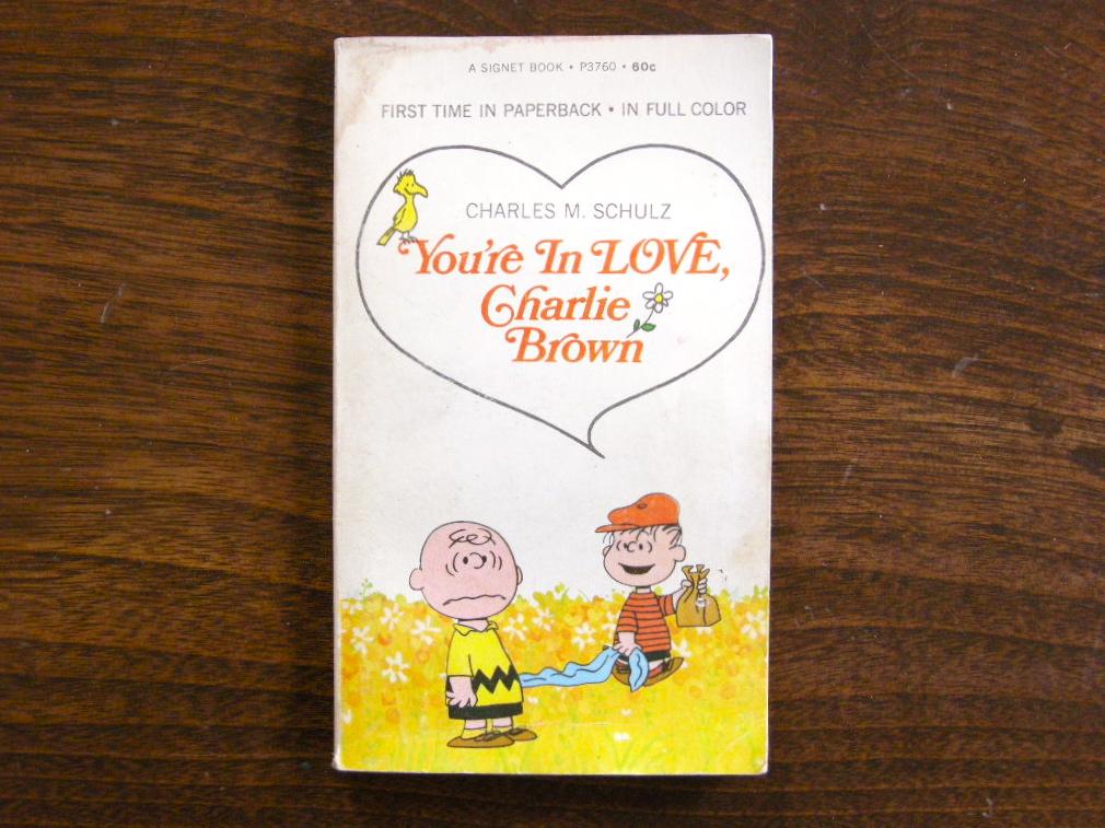 スヌーピー 『You're In Love, Charlie Brown』 ヴィンテージ絵本 フルカラー 1969年発行 (ペーパーバック) No.001 中古B