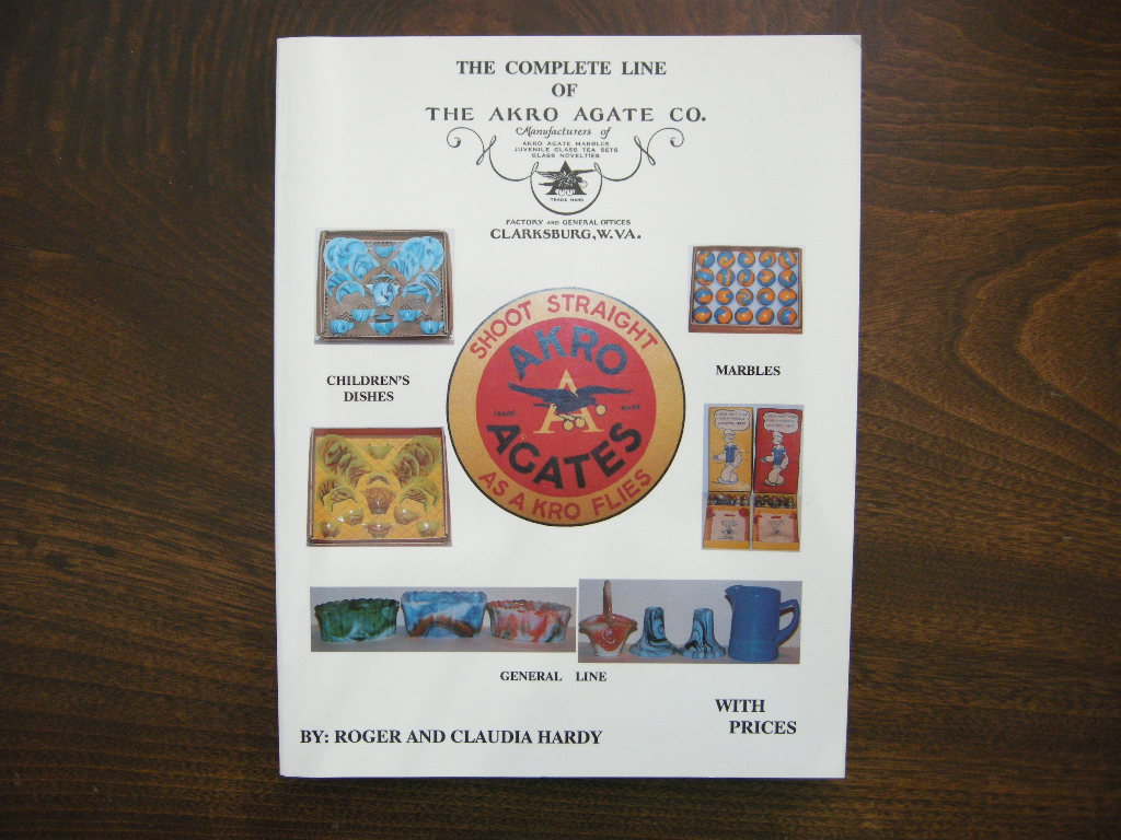 『THE COMPLETE LINE OF THE AKRO AGATE CO.』 (ペーパーバック) 中古 送料無料