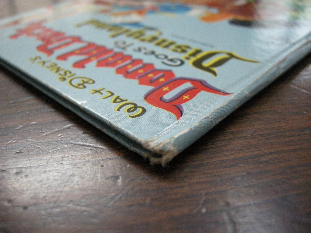 ディズニー ドナルドダック『Donald Duck Gose To Disneyland』 ヴィンテージ英語絵本 1955年発行 フルカラー (ハードカバー) 中古AB