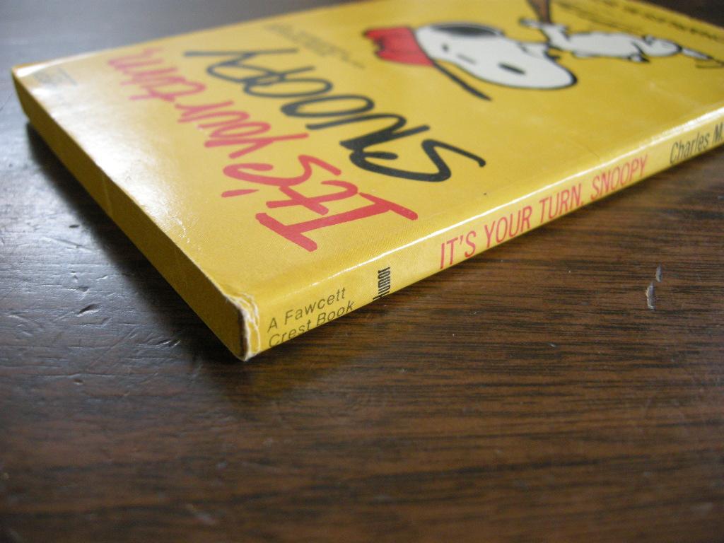スヌーピー 『It's your turn, Snoopy』 ヴィンテージコミックブック モノクロ 1973年発行 (ペーパーバック) No.001 中古A