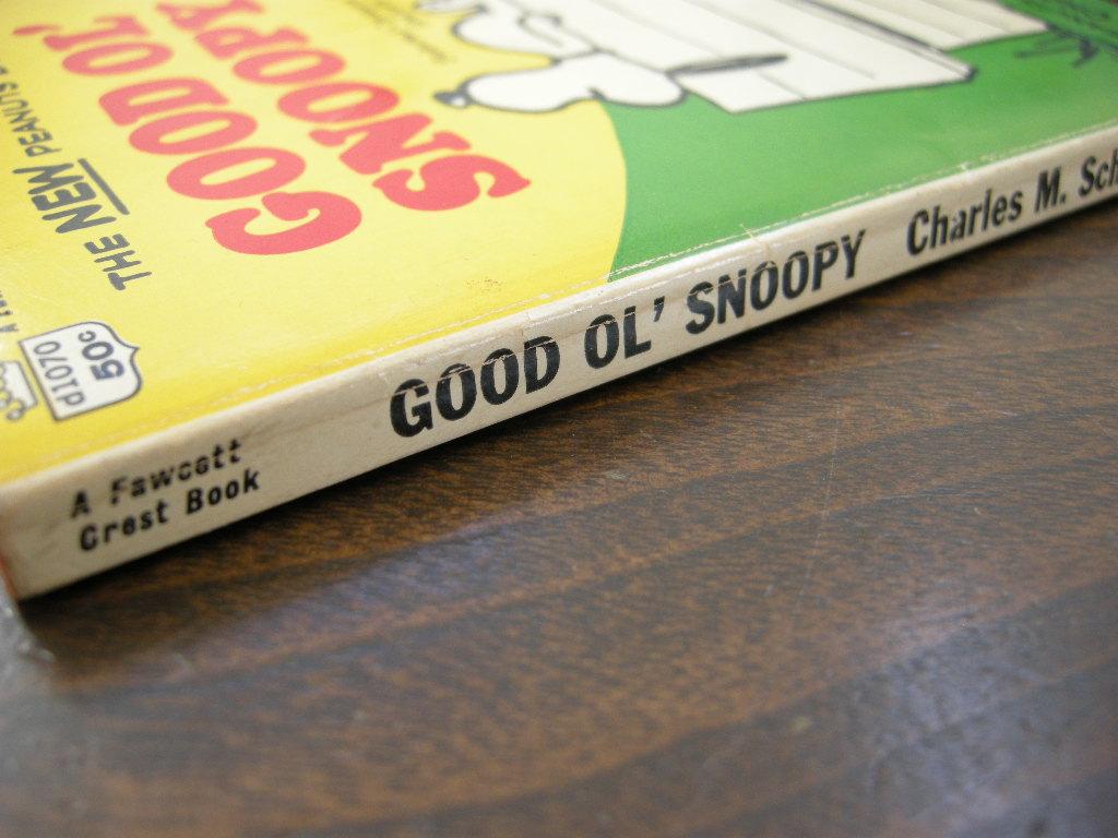 スヌーピー 『GOOD OL' SNOOPY』 ヴィンテージコミックブック モノクロ 1968年発行 (ペーパーバック) No.001 中古 送料無料