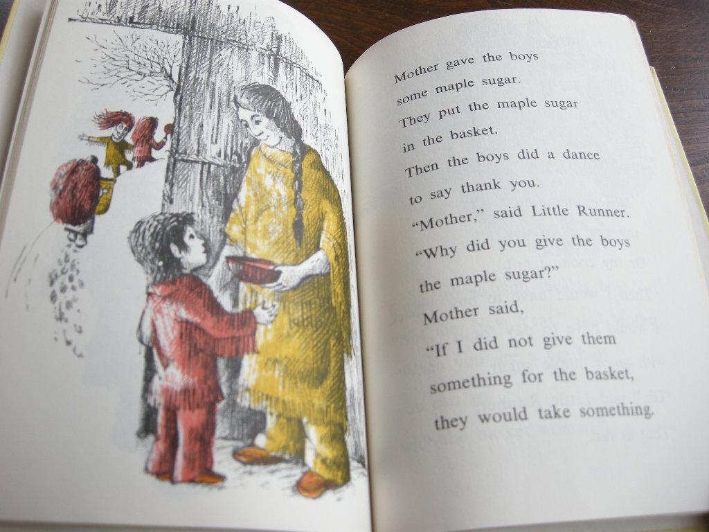 アーノルドロベール『THE LITTLE RUNNER OF THE LONGHOUSE』ヴィンテージ英語絵本 フルカラー(ハードカバー) 1962年 中古A