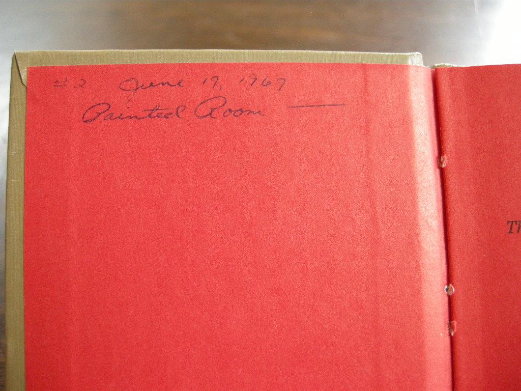 スヌーピー 『LUCY LOOKS AT LIFE』 ヴィンテージ絵本 2色刷り 1967年発行(ハードカバー) No.014 中古AB