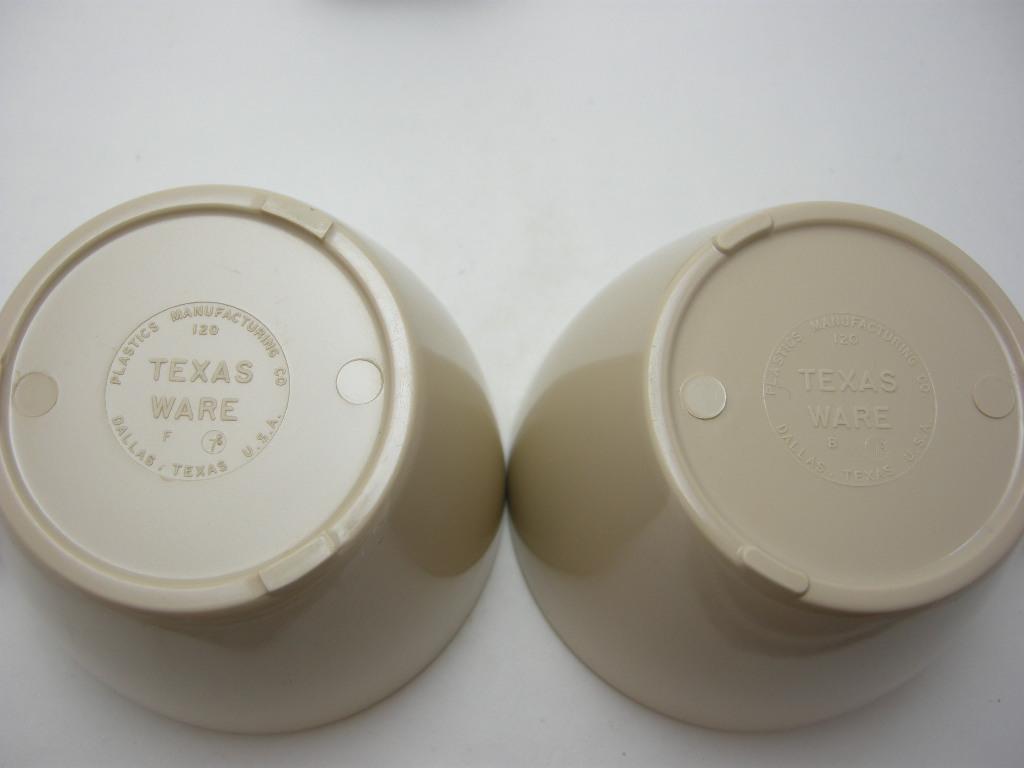 テキサスウェア メルマック マグ2個セット 枯草色 1950年代 No.005 ヴィンテージ・メラミン樹脂製食器