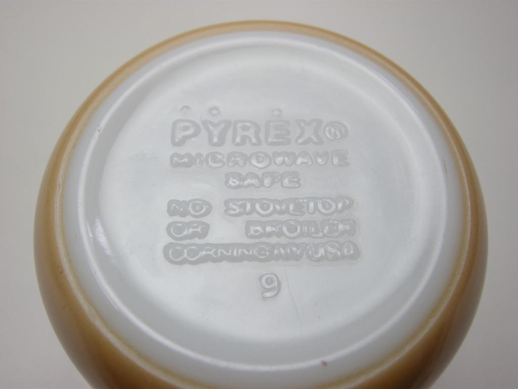 パイレックス カラーマグ ライトブラウン 60s A No.035