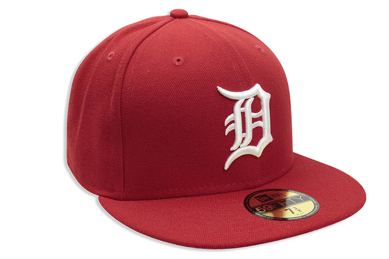 NEW ERA DETROIT TIGERS BASIC 59FIFTY FITTED CAP (RED/WHITE)