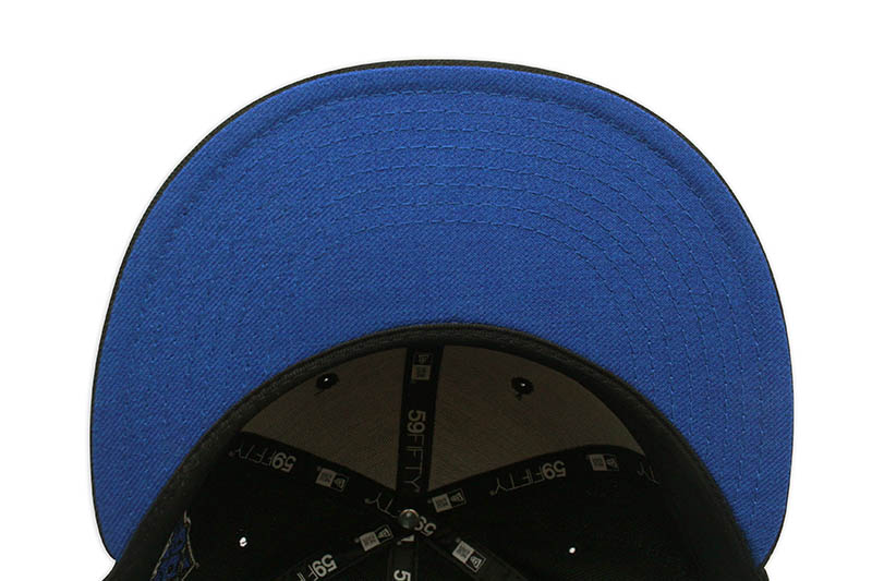 NEW ERA NEW YORK YANKEES 59FIFTY FITTED CAP (1999 WORLD SERIES CUSTOM SIDE PATCH/BLUE UNDER VISOR/BLACK)