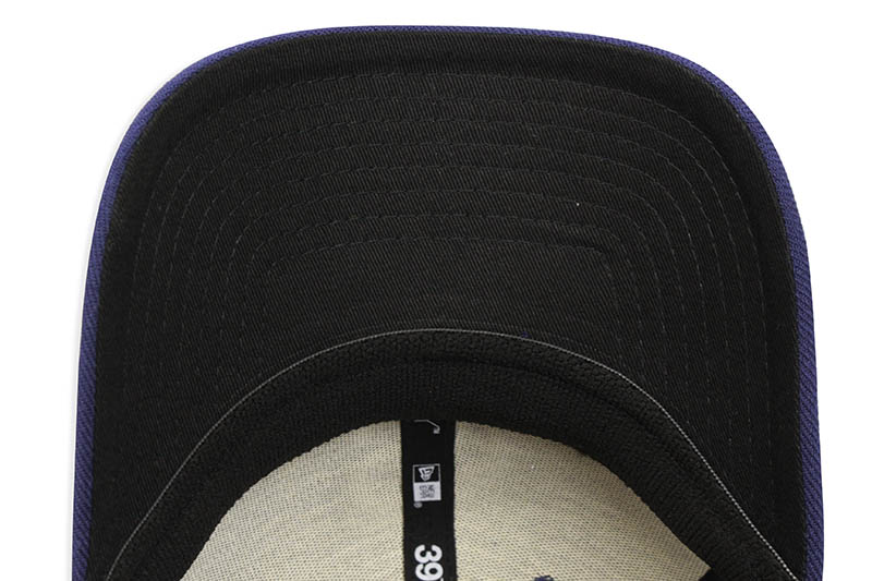 NEW ERA SAN DIEGO PADRES TEAM CLASSIC 39THIRTY STRETCH FIT CAP (NAVY)