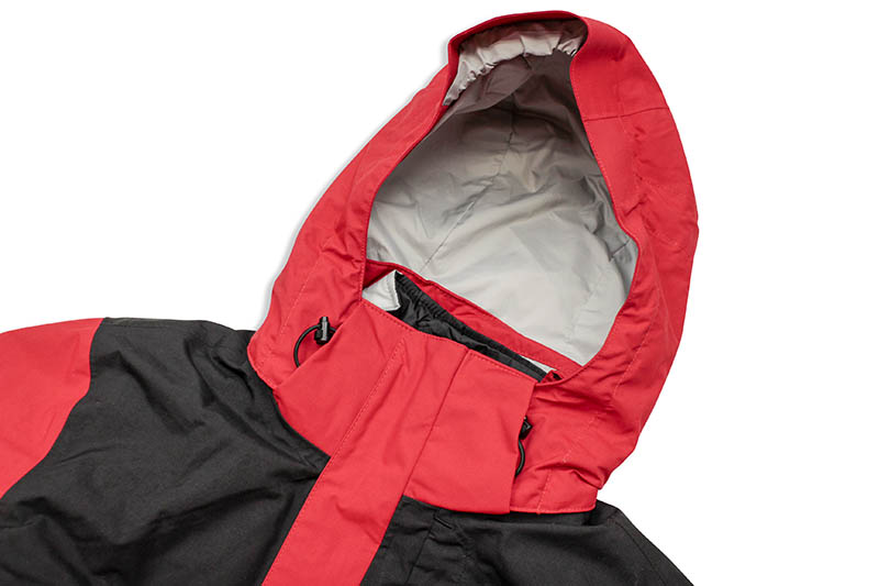 THE NORTH FACE LONE PEAK TRICLIMATE JACKET (TNF RED/TNF BLACK)