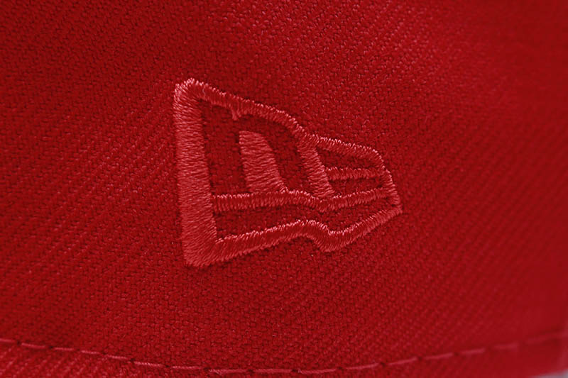 NEW ERA NEW YORK YANKEES 59FIFTY FITTED CAP (1996 WORLD SERIES SIDE PATCH/GREY UNDER VISOR/RED TONAL)