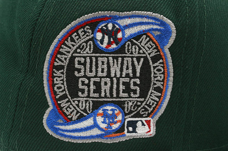 NEW ERA NEW YORK YANKEES 59FIFTY FITTED CAP (2000 SUBWAY SERIES SIDE PATCH/PINK UNDER VISOR/DARK GREEN)