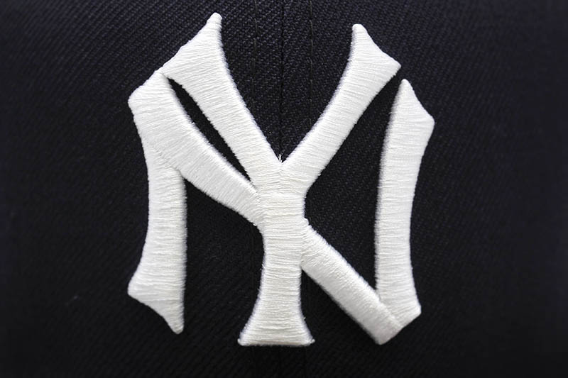 NEW ERA NEW YORK YANKEES 59FIFTY FITTED CAP (1937 WORLD SERIES SIDE PATCH/NAVY)