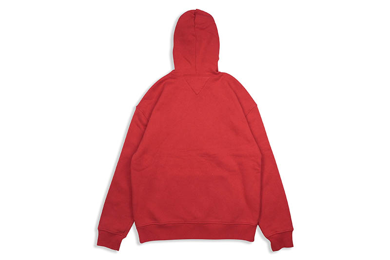 TOMMY JEANS PULLOVER BADGE HOODIE (78F0218/615:RED)