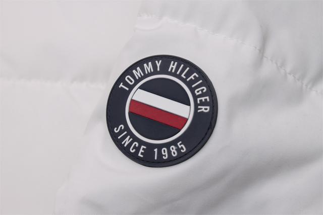TOMMY HILFIGER ESSENTIALS HOODED BOMBER JACKET (159AP863:WHITE)