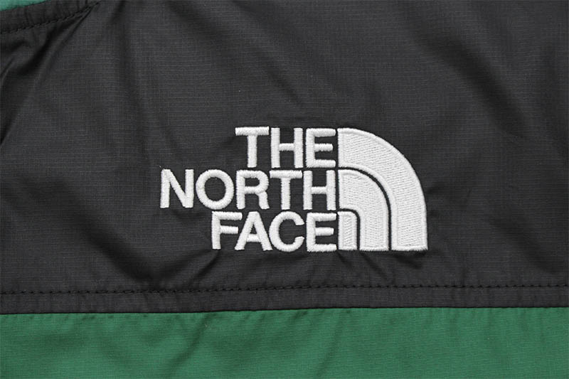 THE NORTH FACE HMLYN WIND SHELL (EVERGREEN)