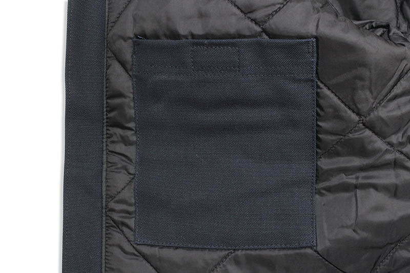 Carhartt DUCK TRADITIONAL ARCTIC QUILT-LINED COAT (C003:DARK NAVY)