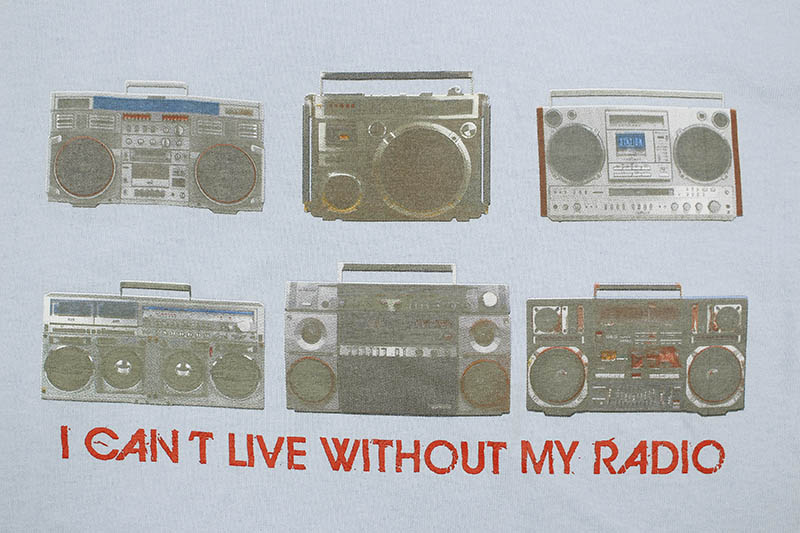 CLASSIC MATERIAL NY I CAN'T LIVE WITHOUT MY RADIO T-SHIRT (POWDER BLUE)