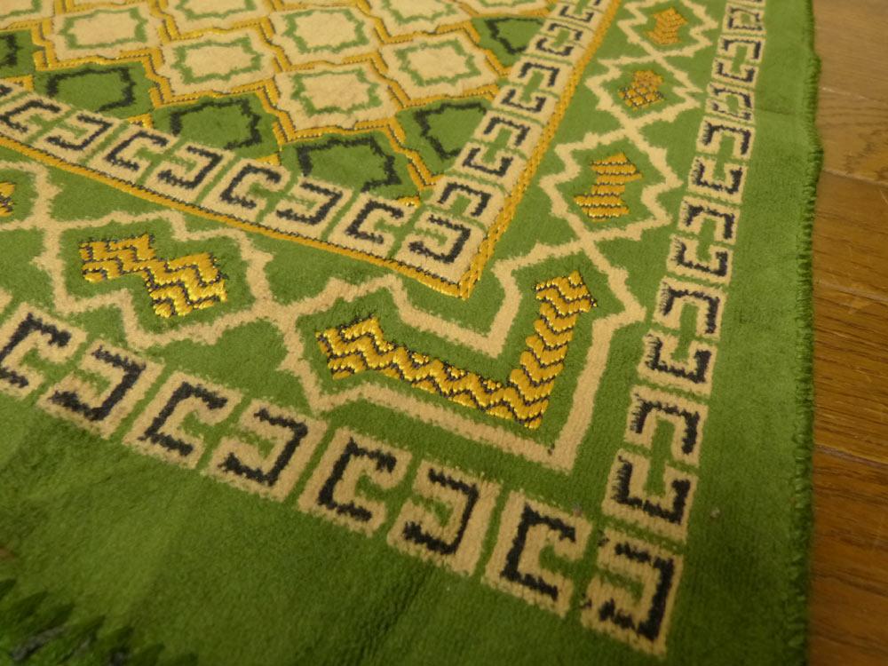 104×66cm  幾何学柄 プレイヤーラグマット / カーペット / 絨毯【中古】