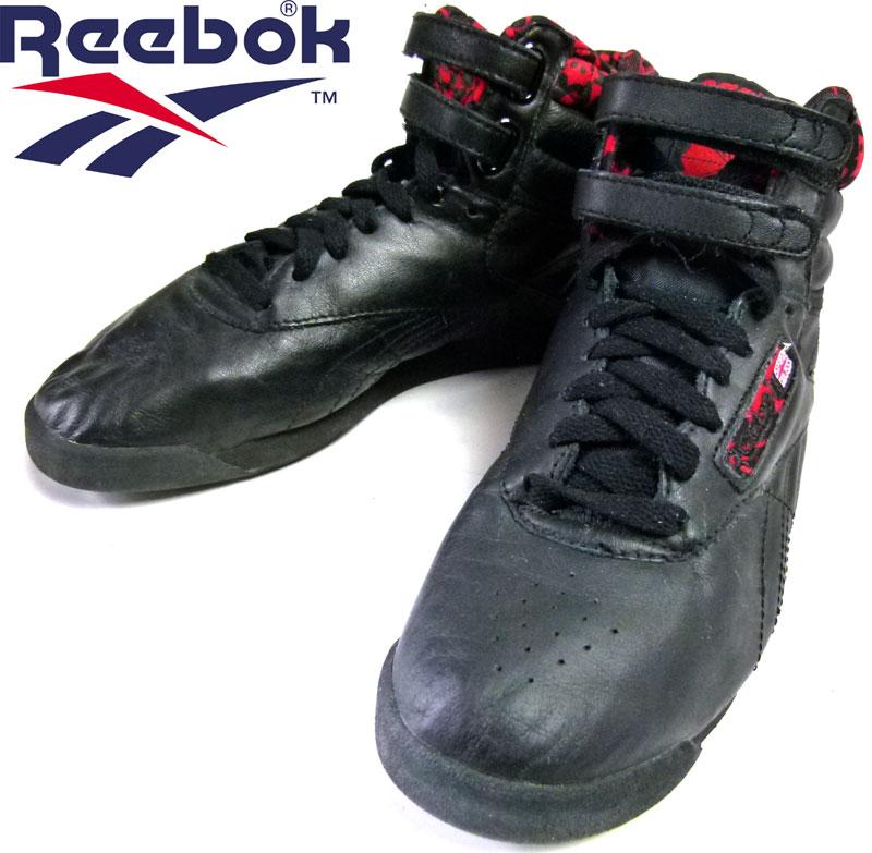 Reebok リーボック CLASSIC FREE STYLE フリースタイル スニーカー US7(24cm相当)( レディース )【中古】
