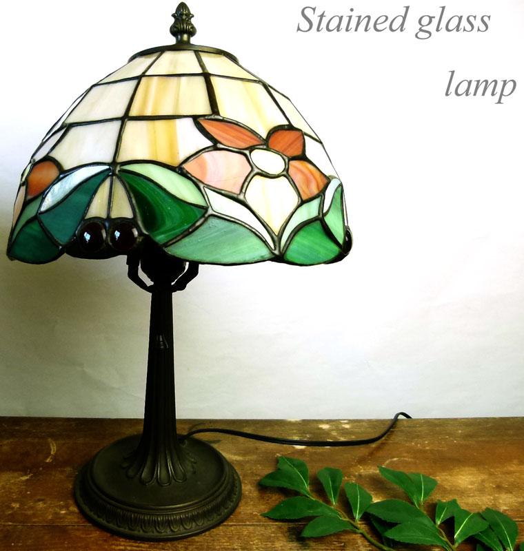 【訳あり】テーブルランプ ティファニー風ライト ステンドグラスランプ 卓上照明【中古】【送料無料】