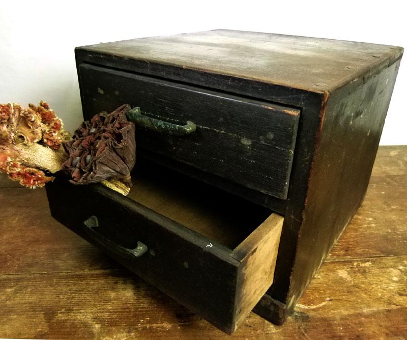 昭和レトロ 古い木味の小引出し 2杯 小箪笥 アンティーク【中古】