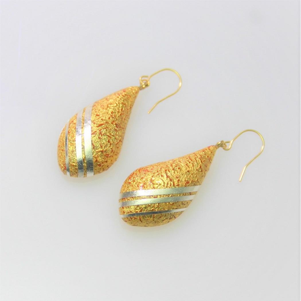 漆ピアス 朱漆と金箔研ぎ出し プラチナライン api00001