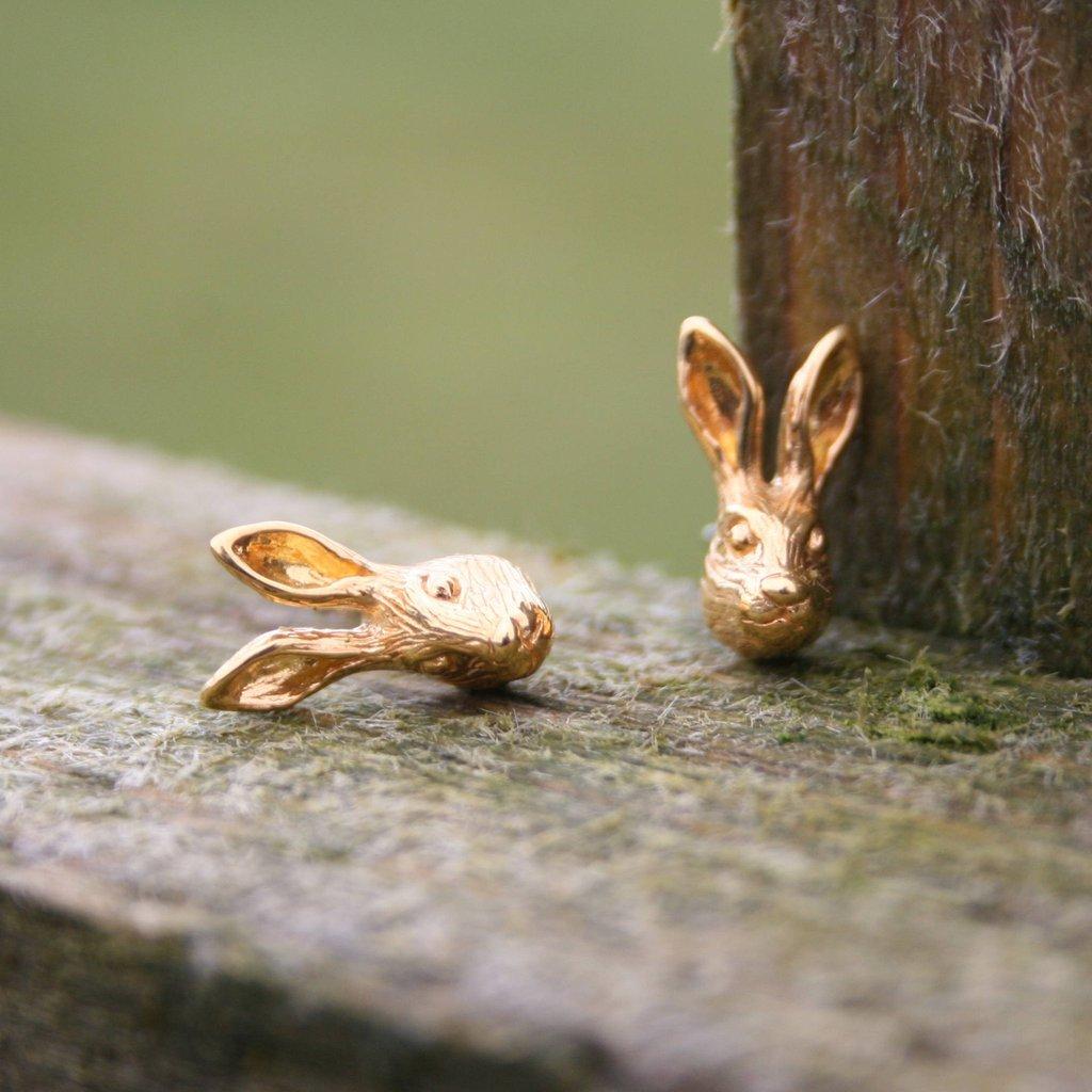 リーブス&リーブス  スタッドピアス 野ウサギ ゴールド