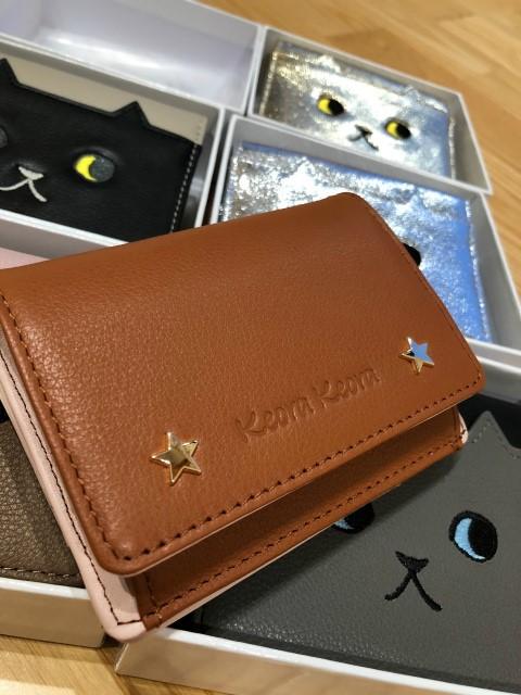KEORA KEORA ウォーキングキャット二つ折り財布