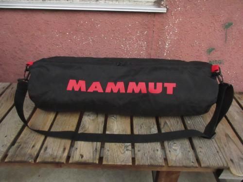 USED MAMMUT マムート ボルダリングダッフルバック 黒 baf013