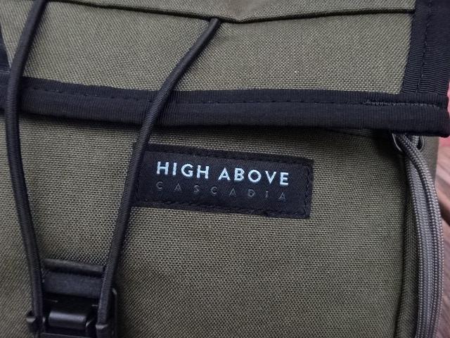 新品 ハイアバーブ 【HIGHABOVE】 グレージッパータブ 【ベンチャー】ヒップパック オリーブ X-Pac bah553
