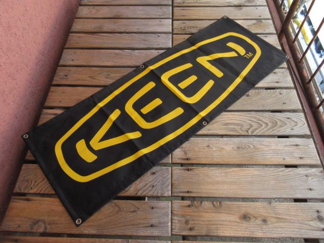 USED 2000年代のKEENのナイロンバナー 黒 ach625