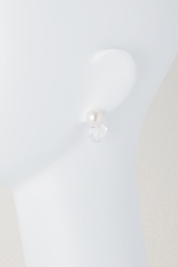 【仮予約対応】淡水パールとクリスタルのピアス 10mm 丸平型 [Pierce by Shu mu] SP-123