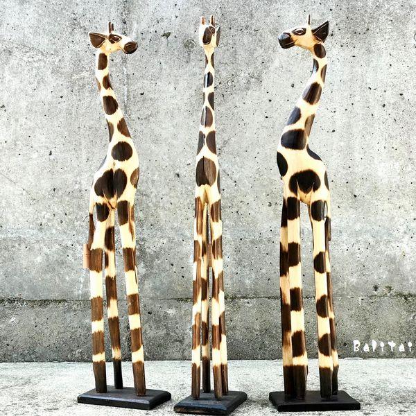 キリンのオブジェ【H80cm】 木彫りのキリン キリンの置物/アジアンインテリア