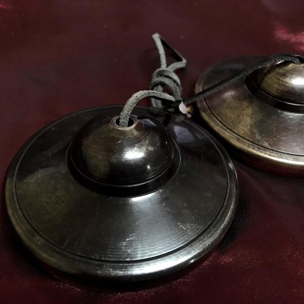 ティンシャ【5メタル】直径8.5cm【サンタ・ラトナ・シャキア工房】/チベット仏教仏具