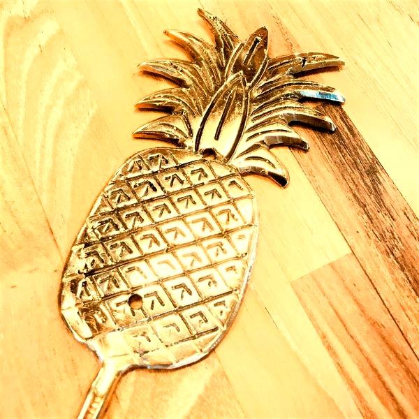 パイナップルのフック/アナナスのフック 【ゴールド】 真鍮製 壁掛けフック