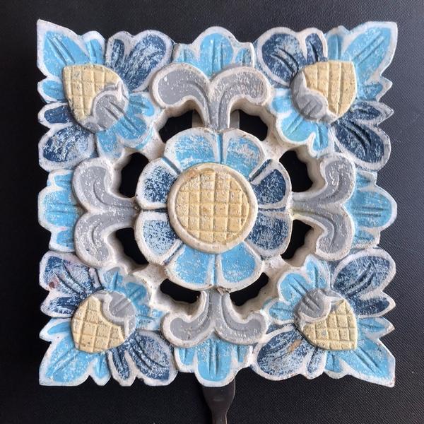 壁掛けフック/フック付き木彫りレリーフ/レリーフ