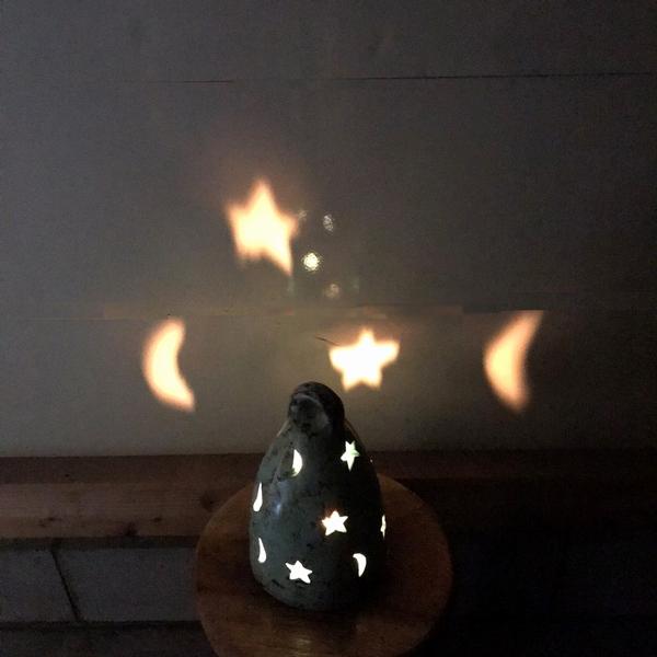 キャンドルホルダー テラコッタ・素焼きのキャンドルホルダー 【星と三日月】 【ピンク】
