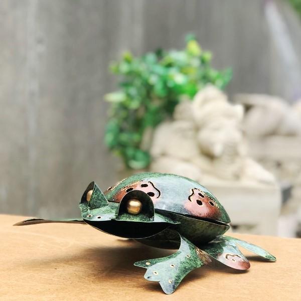 蚊取り線香ホルダー/ブリキ製蚊取り線香立て/お香立て【カエル】【グリーン】
