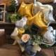 男性にも女性にも喜んで頂けるデザイン★ゴールドカラーでシンプルだけど華やかな置き型バルーンギフト