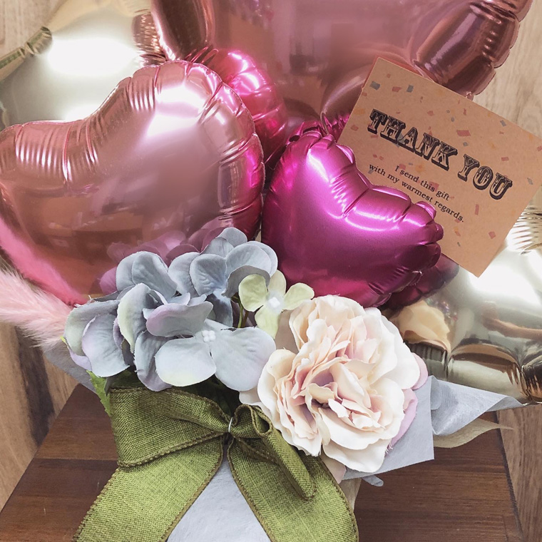 開店周年祝い・お誕生日のプレゼントにも☆ピンクのテールリードが可愛い置き型バルーンギフト