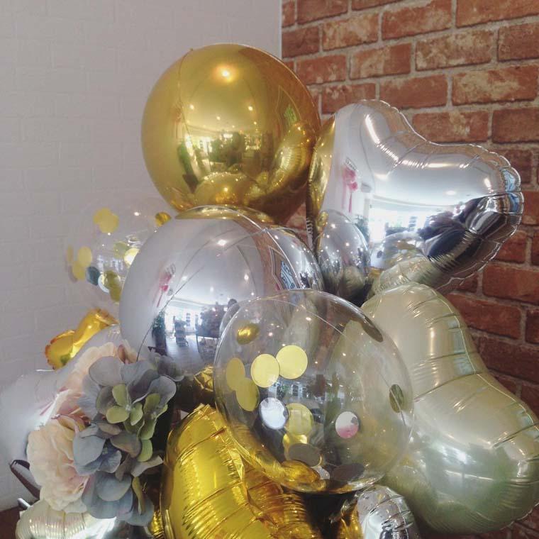 開店祝い・周年祝いなどに ゴージャスな雰囲気の 置き型バルーンギフト