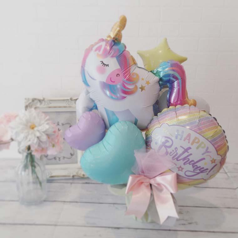 誕生日プレゼントやバースデーの飾り付けに☆ 女の子に人気なユニコーンとパステルカラーのバルーンで可愛らしく♡