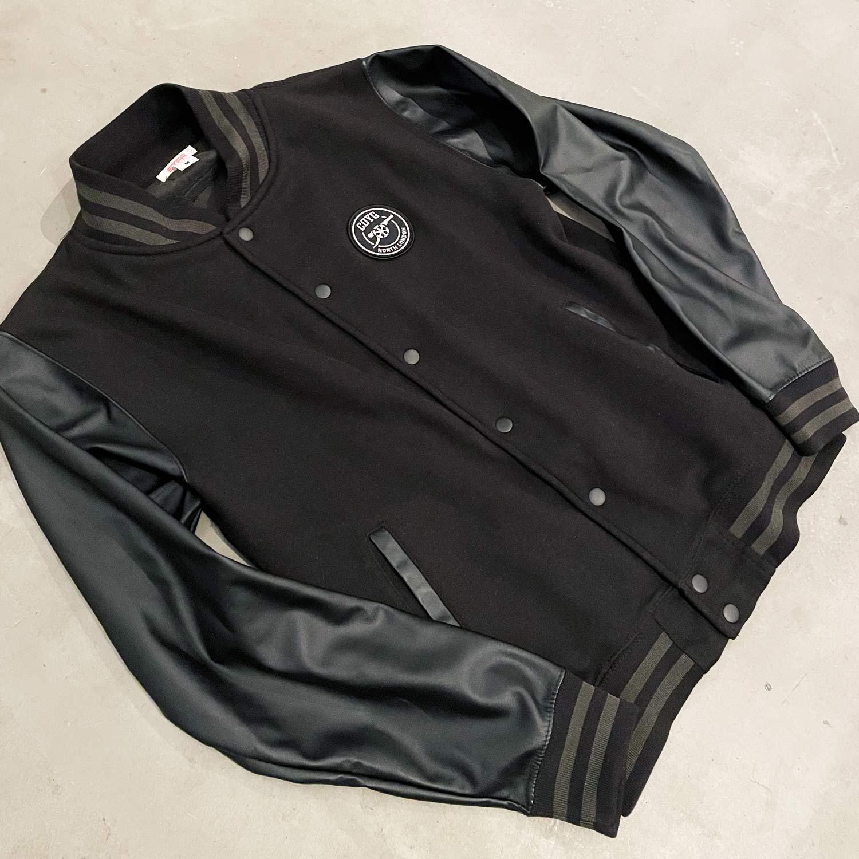 COYG フェイクレザー バーシティジャケット
