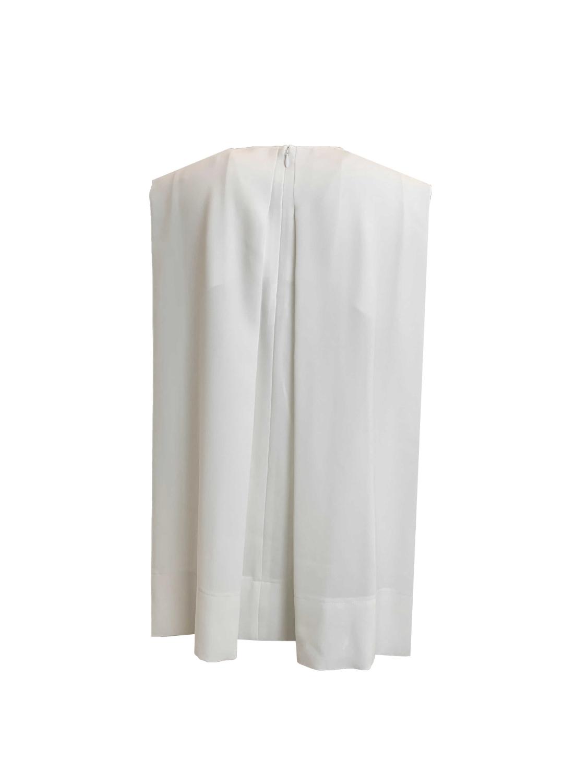 tucked no-sleeve blouse